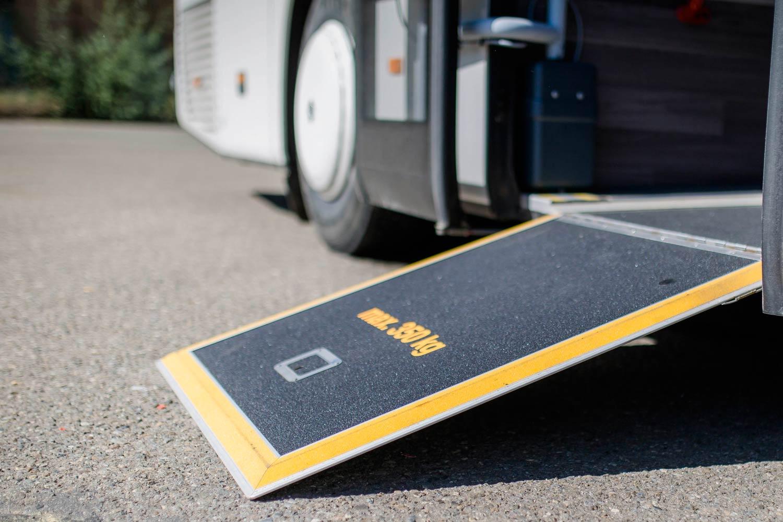 Sehmer-Busunternehmen-Unternehmen-Behindertentransport